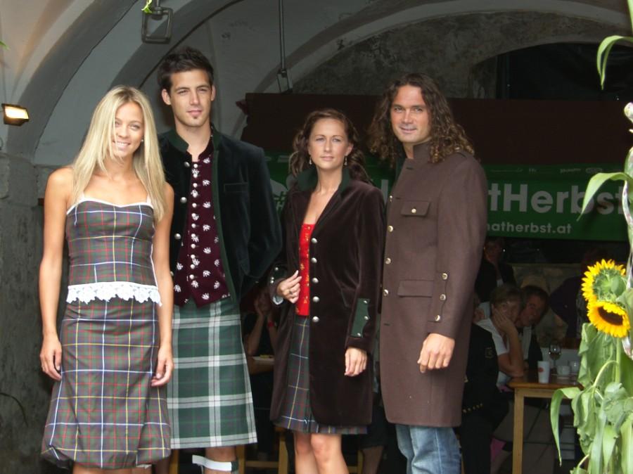 Modeschau der Firma Rettl